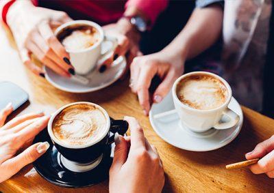 طرز-تهیه-کاپوچینو-از-یک-کافه-اداری-/-خانگی