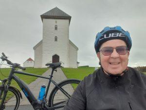 دوچرخه-سواری-برای-قلب-–-ساعت-سلامتی-garmin-venu